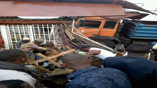 French Cameroun: Truck crushes dozens to death in Yaounde