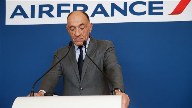 Air France share fall after CEO's resignation