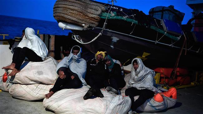 Libya: 60 refugees die after boat sinks off coast