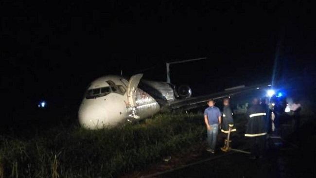 Nigeria: Abuja airport 'chocked' as plane overshoots runway