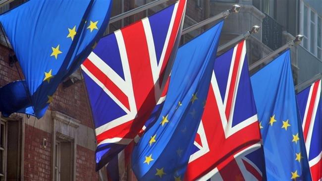 Britain to scrap preferential treatment of EU citizens after Brexit