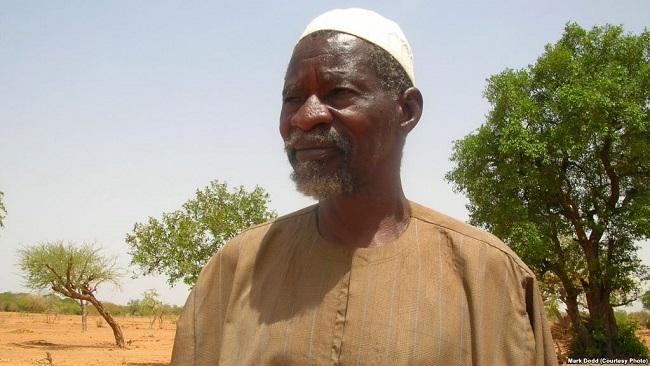 Burkinabe Farmer Wins 'Alternative Nobel' for Drought-fighting Technique
