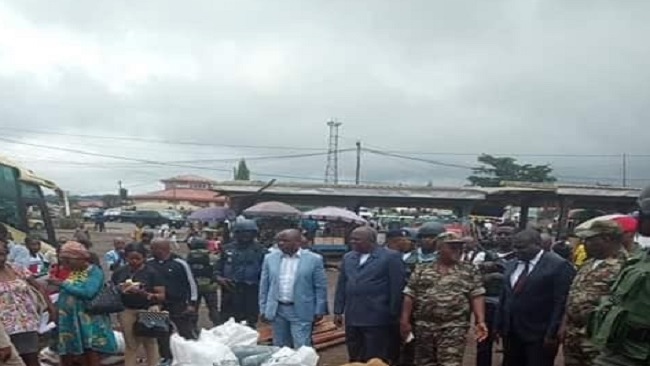 """Southern Cameroons Crisis: Governor begs """"dogs"""" not to leave the region"""