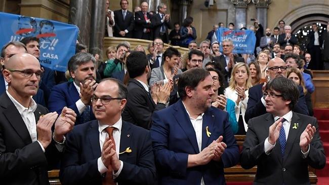 Spain: Prosecutors seek up to 25 years jail for Catalan leaders
