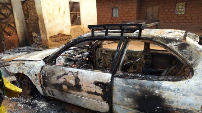 French Cameroun Villagers Flee Suspected Ambazonian Attack