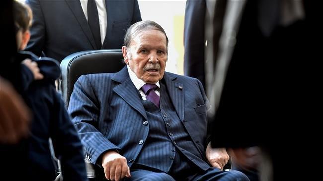 Algeria dismantles cabinet, appoints caretaker government