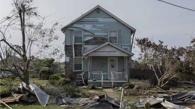 Tornadoes tear across US for 12 days straight