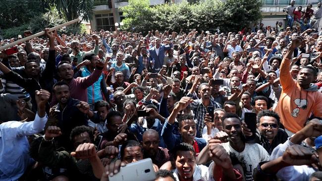 Ethiopia: Dozens killed in anti-Abiy protests, ethnic violence