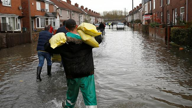 UK: Flood warnings for England