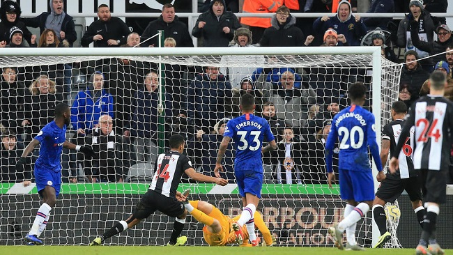 Football: Chelsea rocked as Hayden's late strike lifts Newcastle