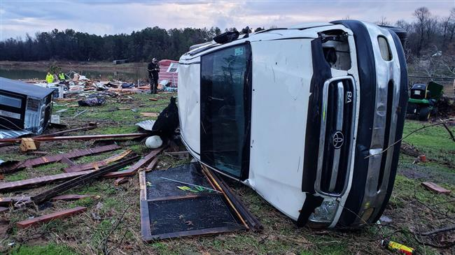 US: At least 11 killed as severe storms sweep through south