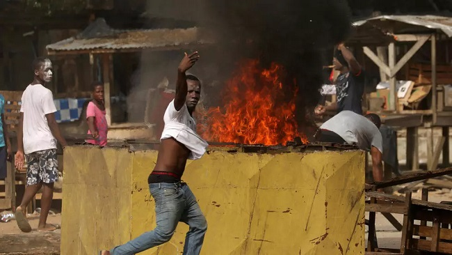 Crowd in Ivory Coast destroys coronavirus testing centre in residential area