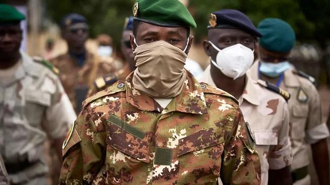 Mali: Junta leader Colonel Goita sworn in as transitional president