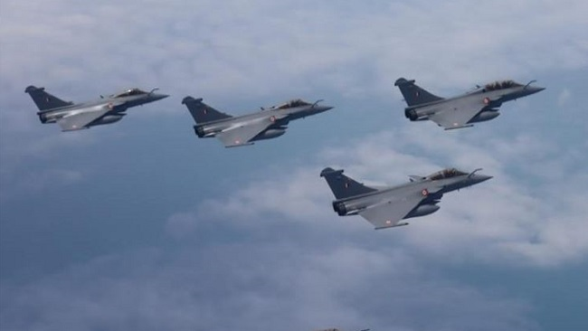 French warplanes fly over Central African Republic amid vote tensions