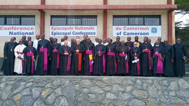 Bamenda: Cardinal Parolin brings Pope's message of peace to Cameroon