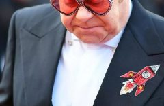 Sir Elton John says Brexit a 'catastrophe' for new UK singers