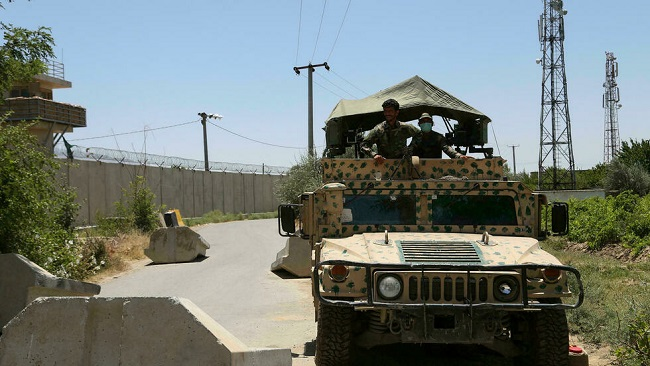 Residents flee as Afghan army pushes back against Tailban insurgents