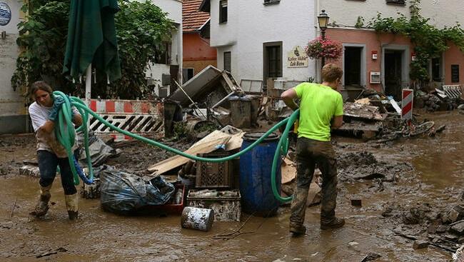 150 dead, hundreds missing in devastating European floods