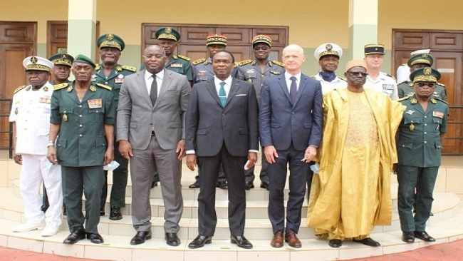 Southern Cameroons Crisis: France strengthens military cooperation with Yaoundé